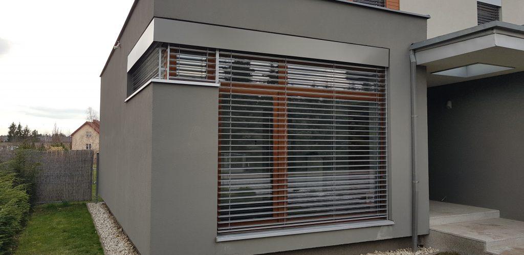 aluzje fasadowe wrocław 1024x498 - Rolety i żaluzje fasadowe